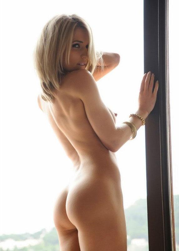 красивые девушки фото 18 блондинок с одеждой одна красивые без сисекевич